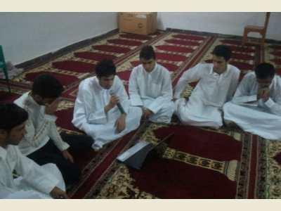 مولود خوانی طلاب مدرسه علوم دینی اسماعیلیه بمناسبت میلاد رسول الله صلی الله علیه و سلم
