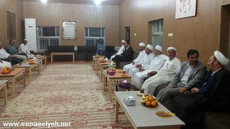 گزارش تصویری از دیدار حجت الاسلام علی یونسی (دستیار ویژه رییسجمهور در امور اقوام و اقلیتها) با ائمه جمعه قشم در مدرسه کمالیه