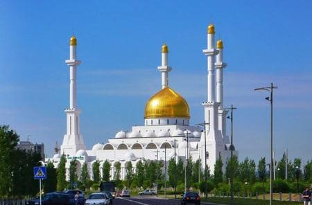 مسجد «نور» آستانه قزاقستان