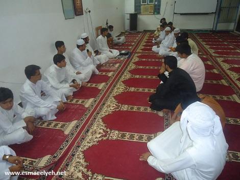 گزارش تصویری از مولودخوانی طلاب مدرسه علوم دینی اسماعیلیه
