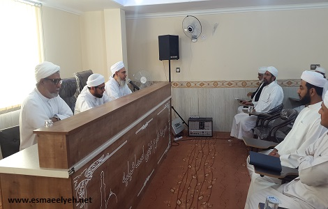 برگزاری همایش ائمه جمعه شهرستان قشم در سالن اجتماعات مدرسه علوم دینی اسماعیلیه