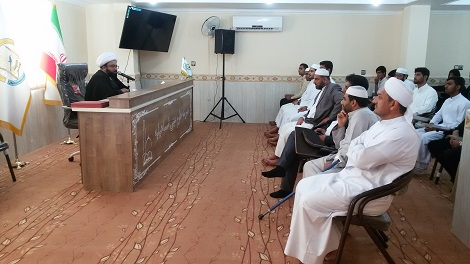 برگزاری مراسم تجلیل از رتبه های برتر طلاب برادر و خواهر مدارس دینی جزیره قشم